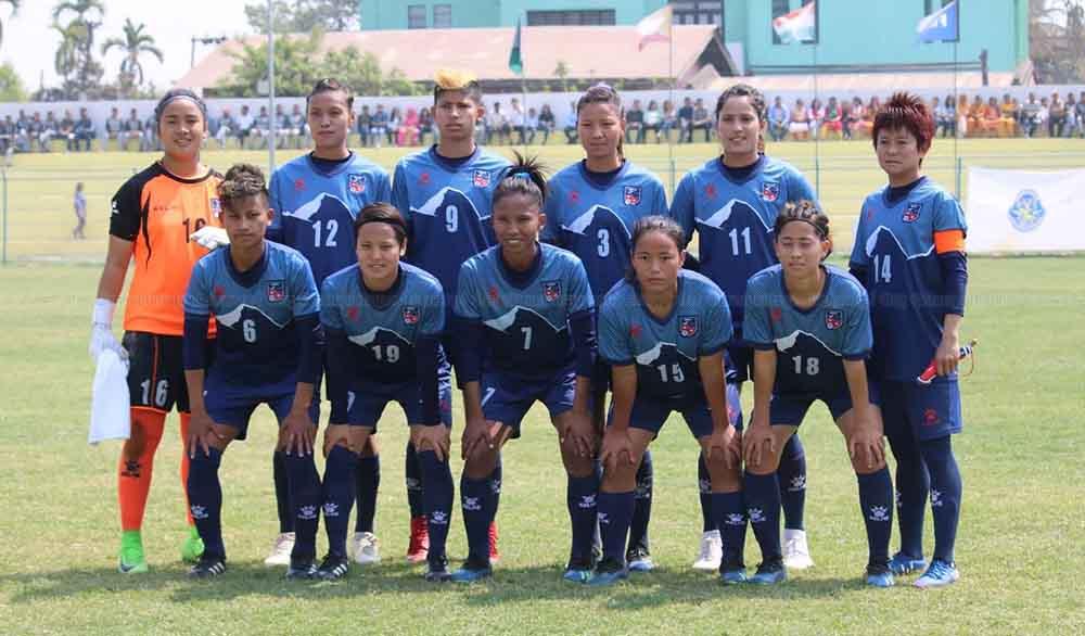 नेपाल साफ महिला च्याम्पियनसिपको फाइनलमा प्रवेश : श्रीलंका ४-० गाेल अन्तरले पराजित